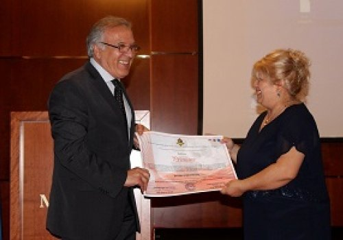 """The President of Roma women association """"Bolja buducnost """" Tuzla received recognition for successful work"""
